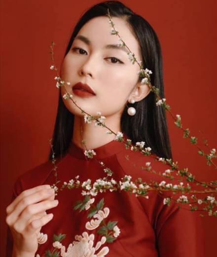 Văn hóa Châu Á trong trang phục đón Tết