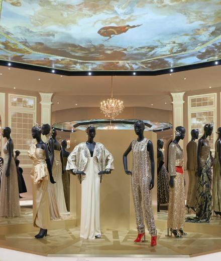 Christian Dior: Triển lãm lớn nhất 70 năm lịch sử