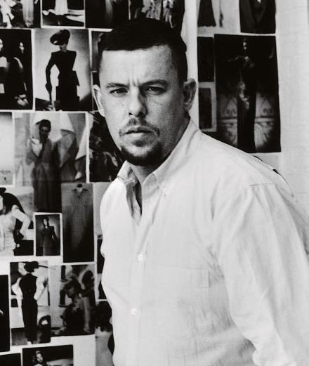 Góc khuất thiên tài bạc mệnh, Alexander McQueen