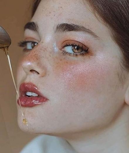 Chăm sóc da mặt: Phải biết cách kết hợp mỹ phẩm