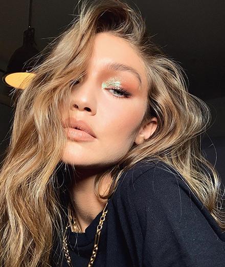 14 kiểu make-up của người nổi tiếng bạn nên thử trong mùa lễ hội