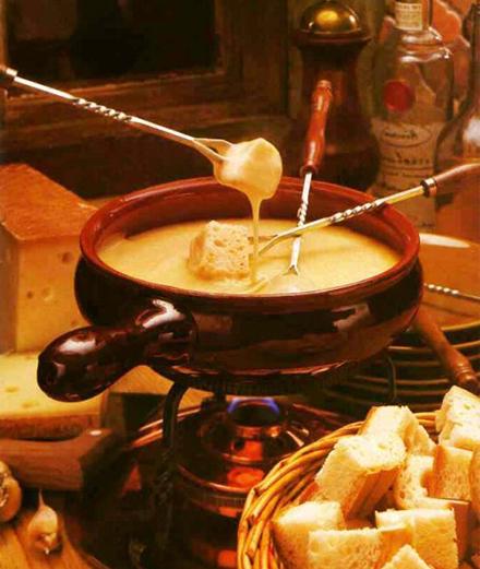 Fondue - Nồi lẩu ngọt ngào ngày cuối năm
