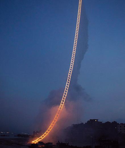 Cai Guo-Qiang - Nghệ sĩ pháo hoa vươn tới bầu trời