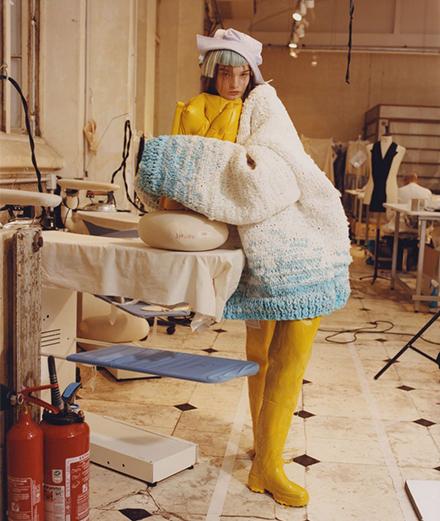 Tomo Koizumi, John Galliano cùng sáng tạo với thời trang bền vững