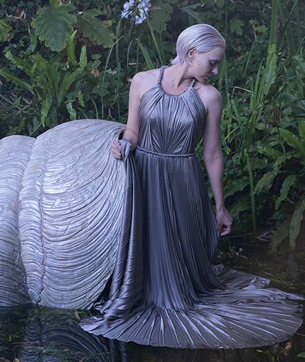 Dior Haute Couture Fall 2020: Những chiếc váy búp bê từ truyện cổ tích