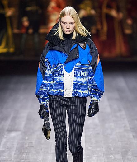 Louis Vuitton RTW Fall 2020: Thời trang đưa quá khứ đến tương lai