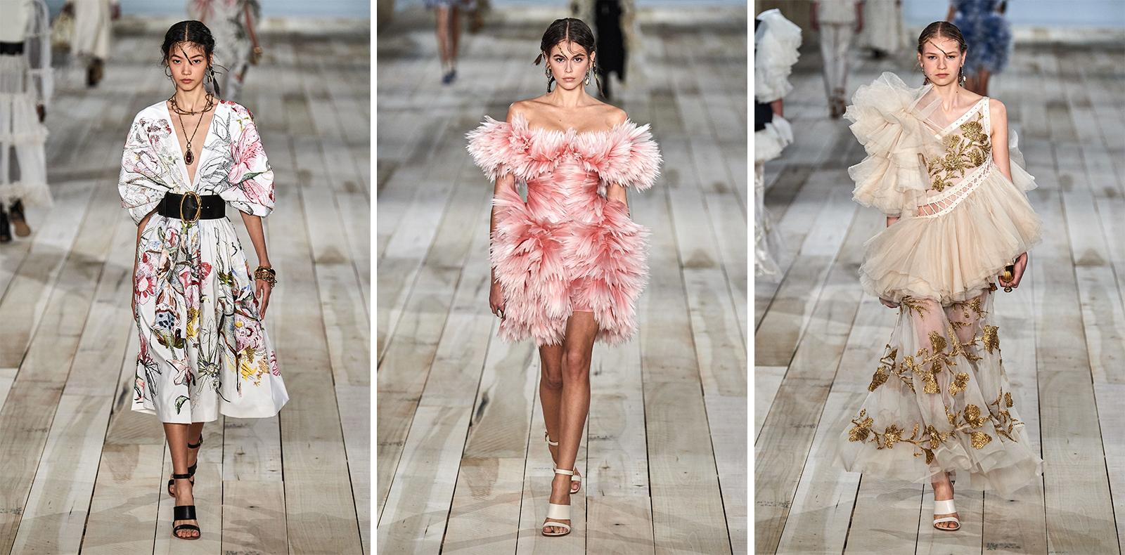Alexander McQueen R-T-W Spring 2020: Khi thời trang kết nối thế giới